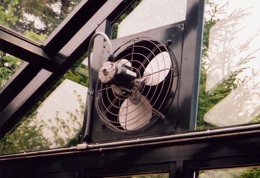 Вентилятор с термостатом для теплицы